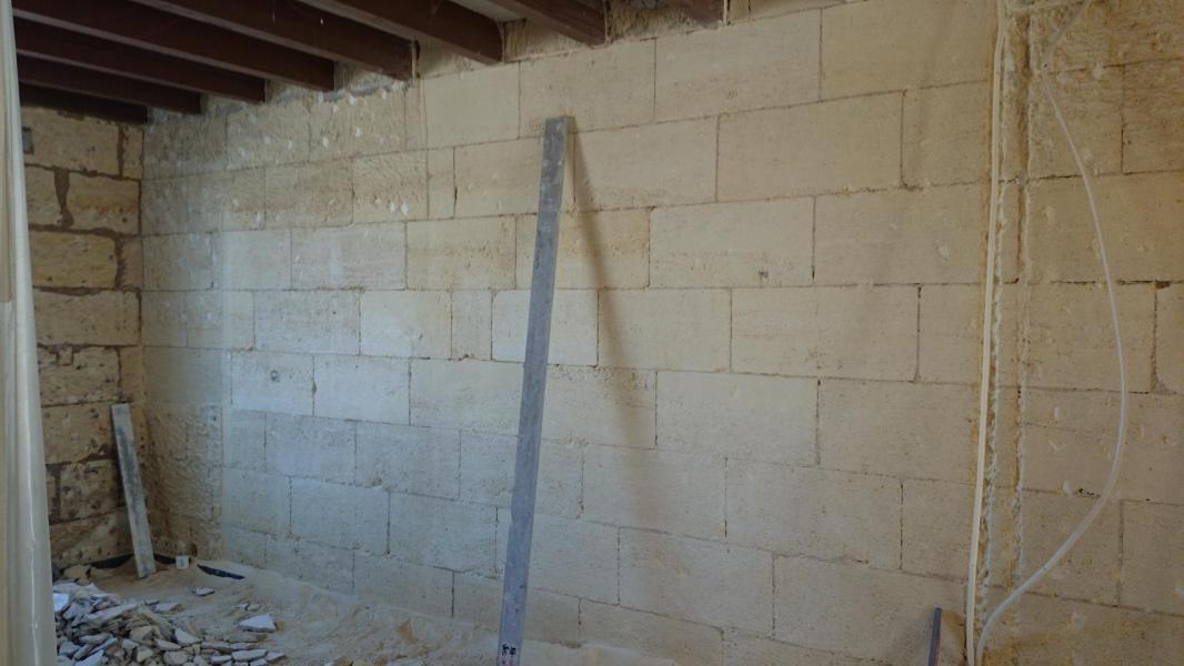 Ravalement du mur intérieur